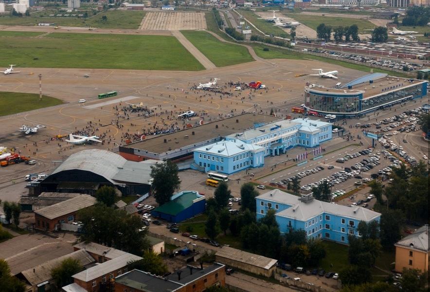 Терминалы и стоянка воздушных судов